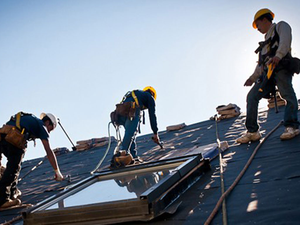 The Ultimate Guide of Roofing Contractors